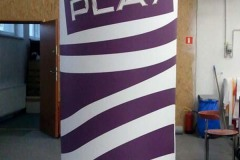 słup-reklamowy-play